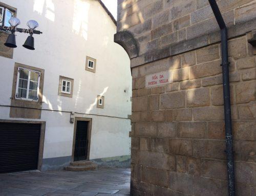 La rúa da Moeda Vella en Santiago de Compostela